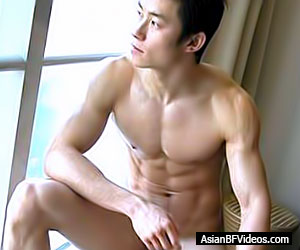Naked nude asian twink with