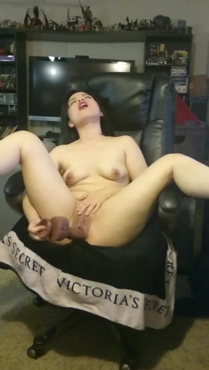 Sunday morning warm up with Passionate Sex -- Cum covered fucking ending.