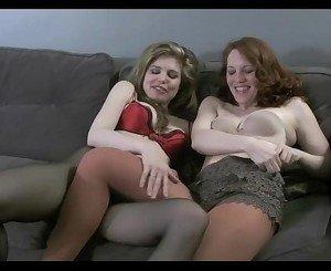 Mom Pantyhose Lesbian